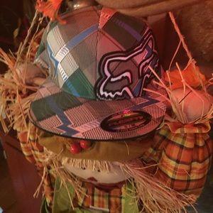 🆕 FOX Flat Bill Hat